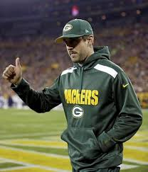 aaron rodgers tumbs up
