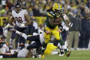 Chicago+Bears+v+Green+Bay+Packers+MEo573N0mbYl
