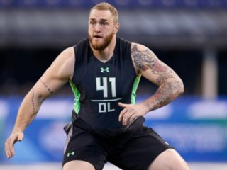 INDIANAPOLIS, IN - FEBRUARY 26: Offensive lineman Jason Spriggs of Indiana in action during the 2016 NFL Scouting Combine at Lucas Oil Stadium on February 26, 2016 in Indianapolis, Indiana. (Photo by Joe Robbins/Getty Images)