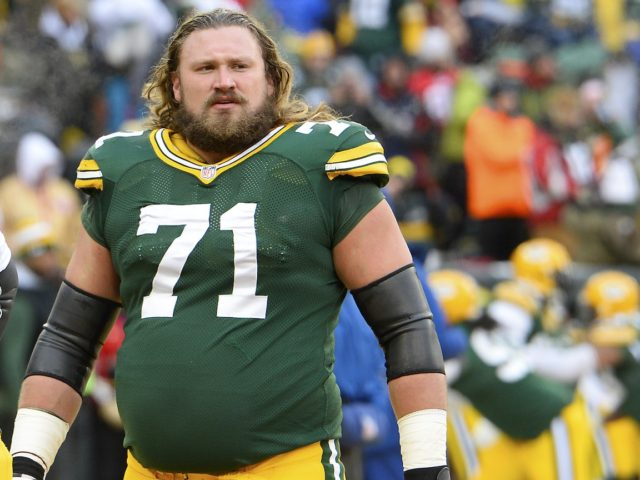 Jan 5, 2014; Green Bay, WI, USA; Green Bay Packers guard Josh Sitton (71) prior to the 2013 NFC wild card playoff football game against the San Francisco 49ers  at Lambeau Field. Mandatory Credit: Mike DiNovo-USA TODAY Sports