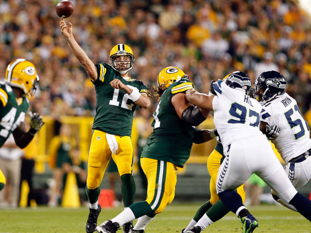 Mmqb-rodgers-aaron-throwing-640x480