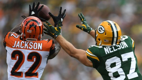 Packers WR Jordy Nelson watches as an Aaron Rodgers pass is intercepted