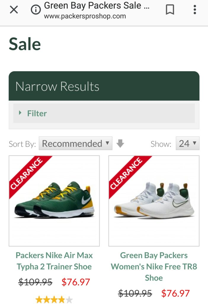 4890d0c04e99 I ve been eyeing the Green Bay Packers Women s Nike Free TR8s sneakers  since they came out.
